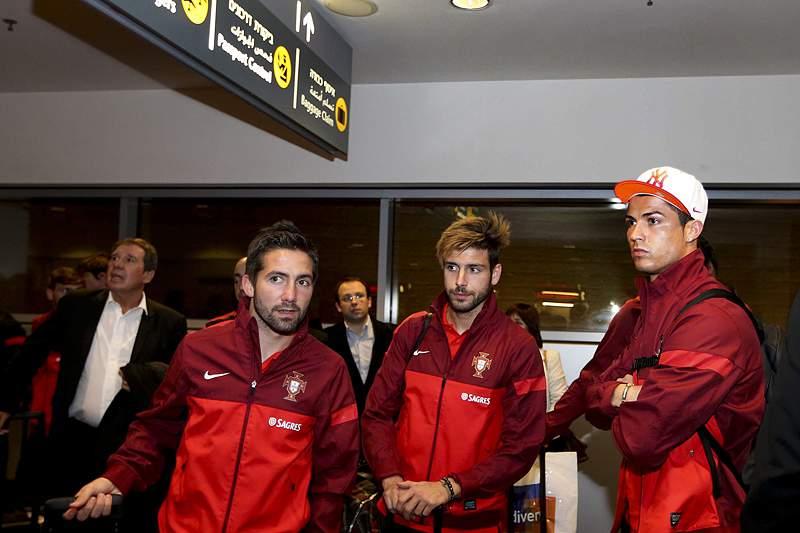 Moutinho, Veloso e Cristiano Ronaldo na chegada a Telavive