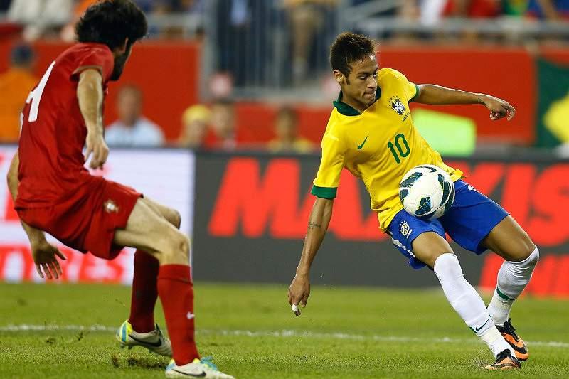 Seleção portuguesa chega a Lisboa com Neymar