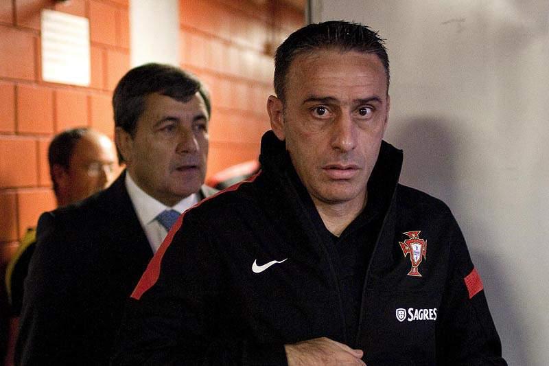 """Paulo Bento vai """"esgotar todos os prazos"""" para decidir convocatória"""