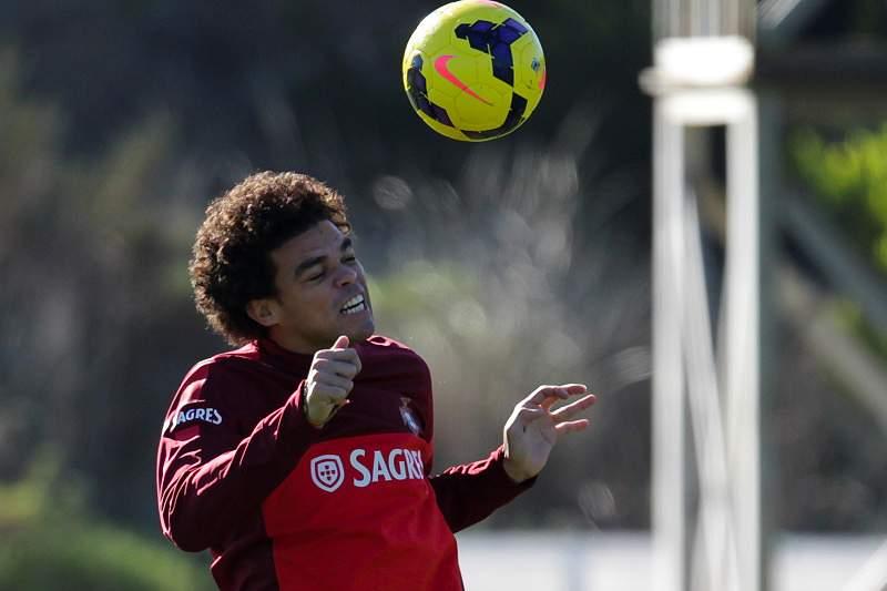 Pepe e Ruben Amorim falham jogo