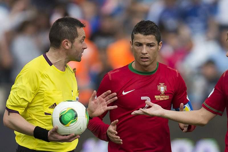 Ronaldo mantém-se na comitiva de Portugal, apesar de suspenso para o Azerbaijão
