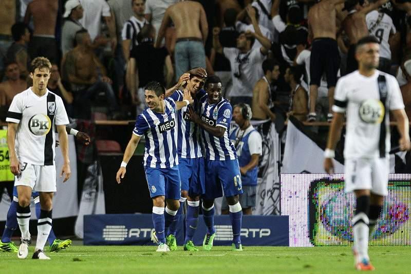 Lucho comandou mais uma conquista para o FC Porto