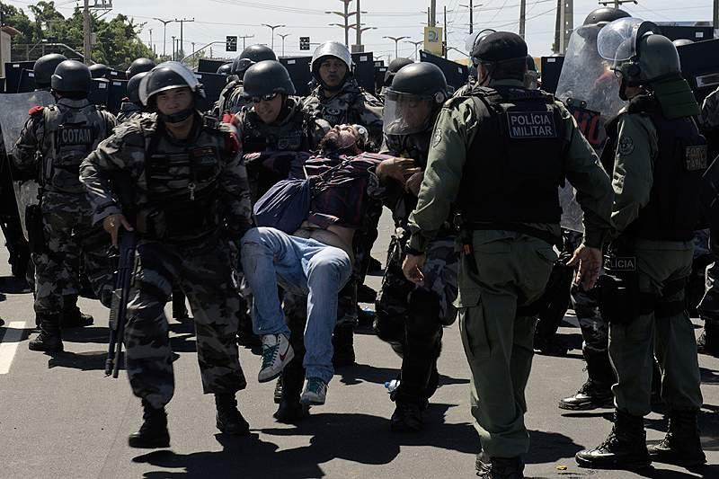 Brasil prepara lei para regulamentar manifestações
