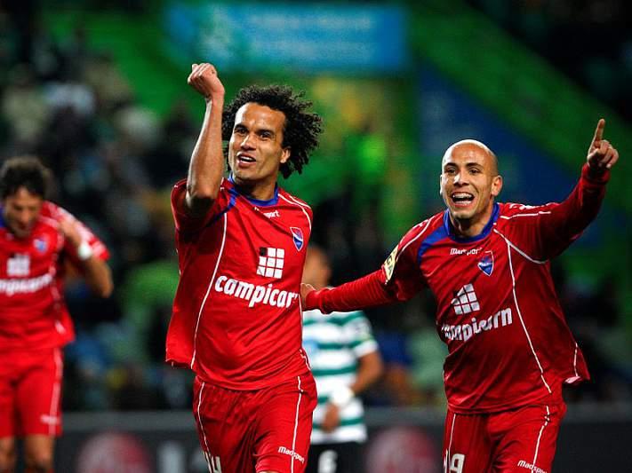 Gil Vicente segue em frente
