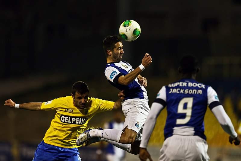 Moutinho salva FC Porto de desaire