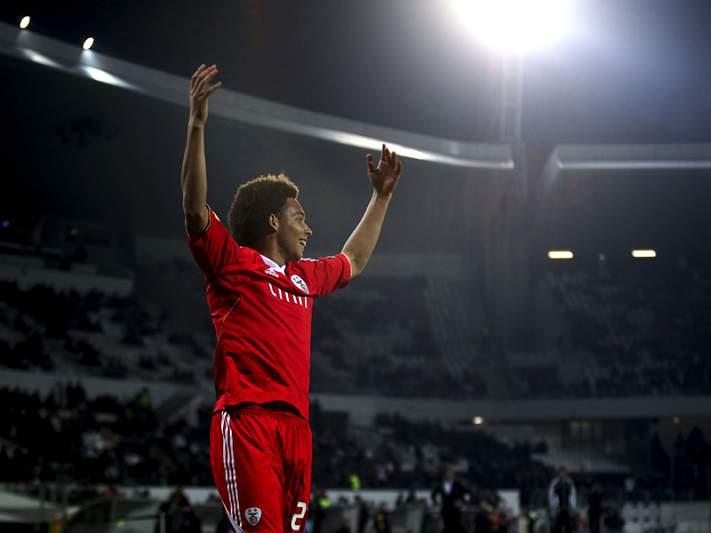 Benfica confirma venda de Witsel