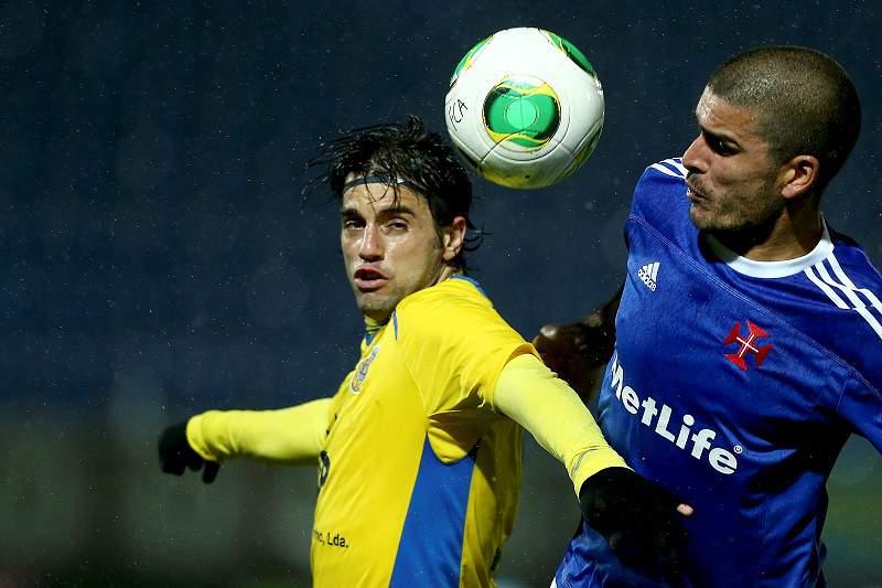 Vitória tangencial mantém Belenenses na I Liga