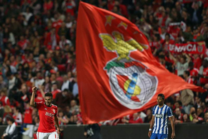 Benfica de raça bate FC Porto e 'reserva' Jamor