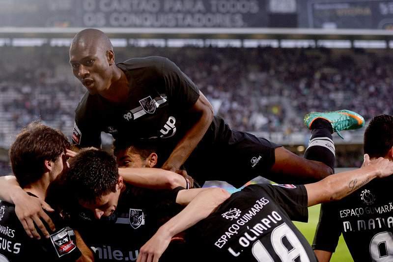 Vitória de Guimarães à procura do quinto lugar em Olhão