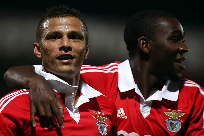 Ola John acredita ter qualidade para jogar no Benfica