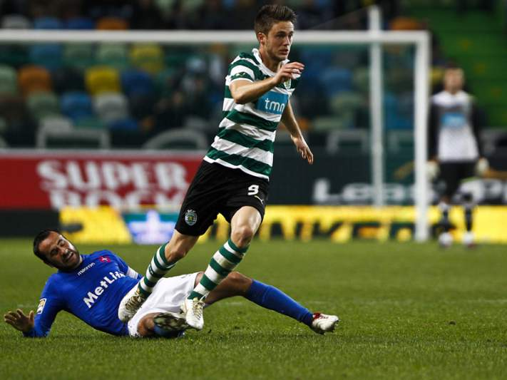 «Sporting soube aproveitar os nossos erros»