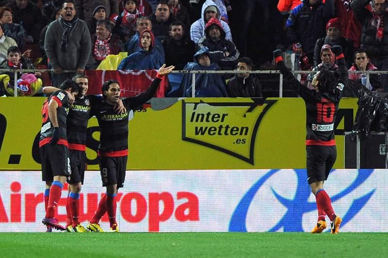 Atlético faz companhia ao Real na final