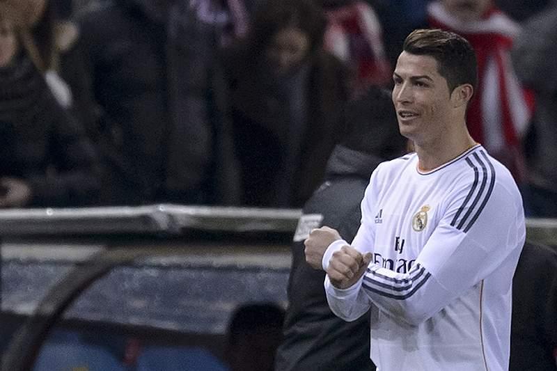 Ronaldo 'taco a taco' com Suarez pela Bota de Ouro