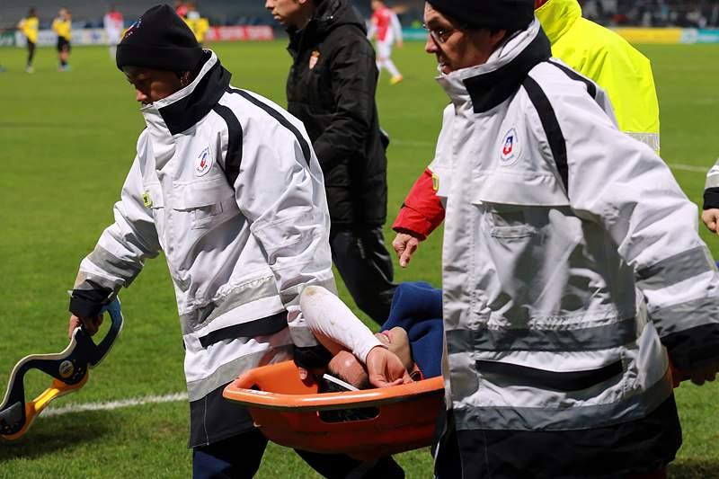 Ranieri culpa árbitro, Ertek está destroçado