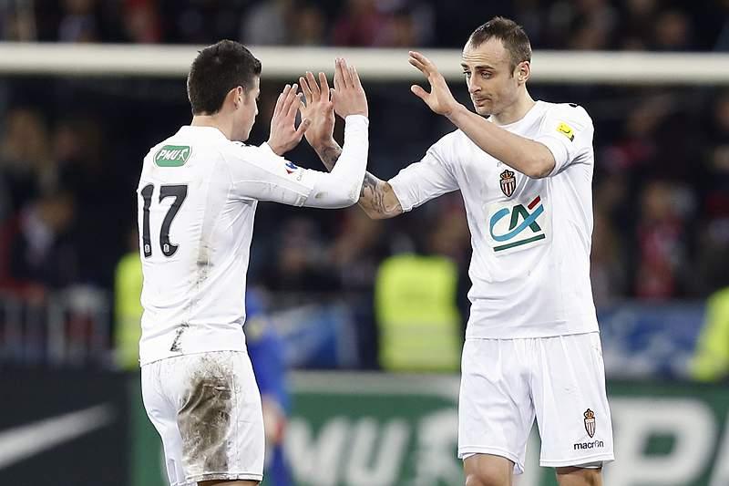 Mónaco vence Ajaccio e impede festa do título do PSG