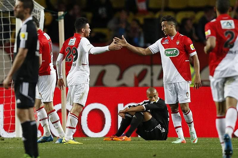 Mónaco goleia sem portugueses e apura-se para meias finais