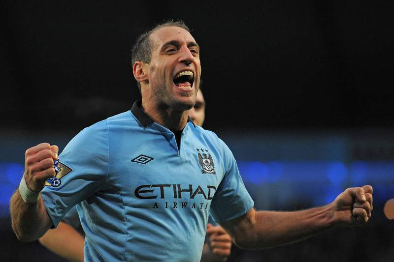 Zabaleta coloca Manchester City nos oitavos-de-final