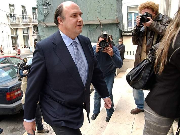 Testemunhas dizem que Benfica não tinha dinheiro durante gestão de Vale e Azevedo