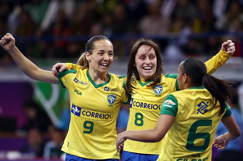 Brasil sagra-se tricampeão mundial
