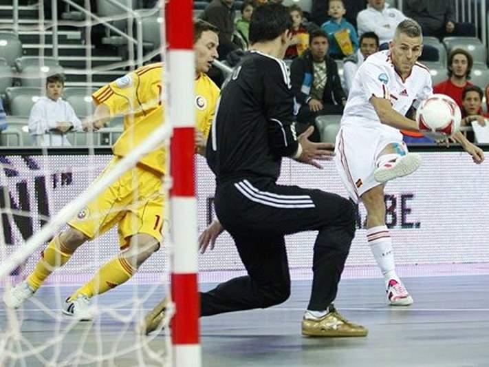 Espanha goleia e está nas meias-finais