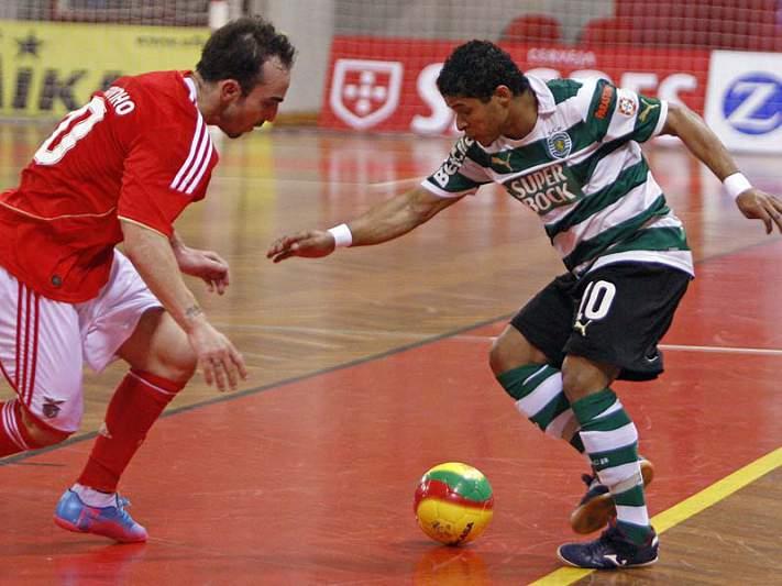 Benfica afirma que «comunicados não ganham campeonatos»