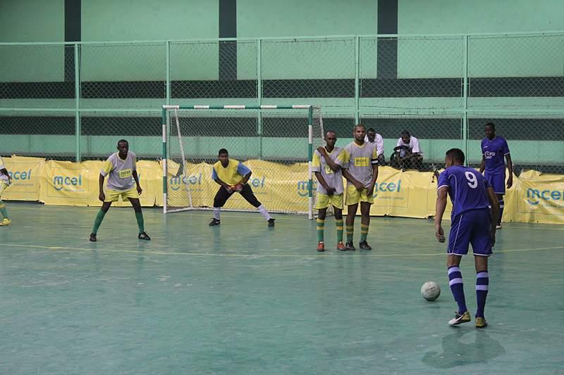 Iqbal estende liderança no Campeonato