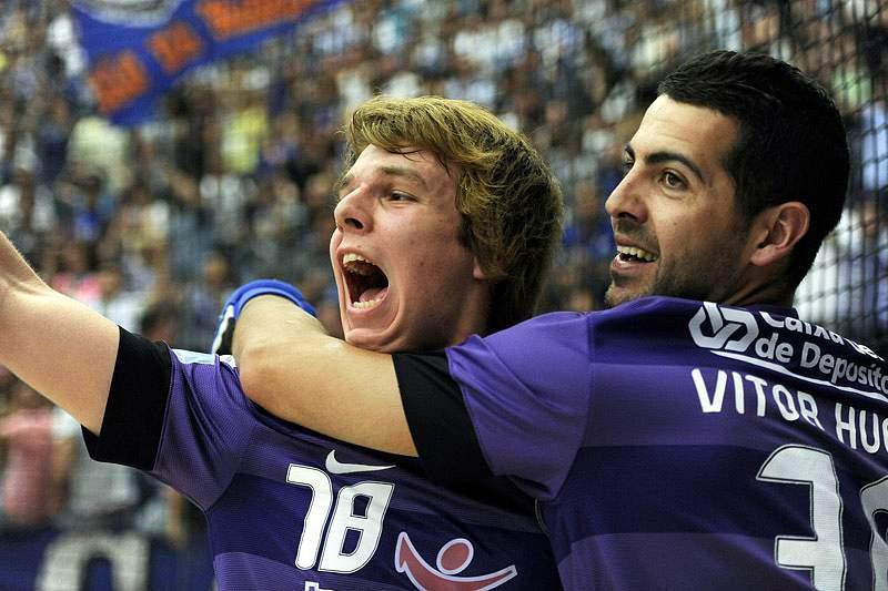 FC Porto goleia Herringen na Liga Europeia