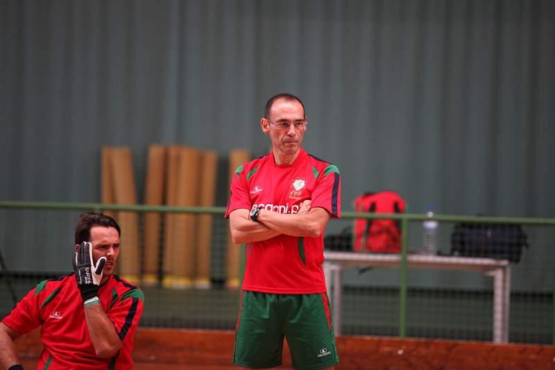 Luís Sénica chama 10 jogadores para a Taça Latina