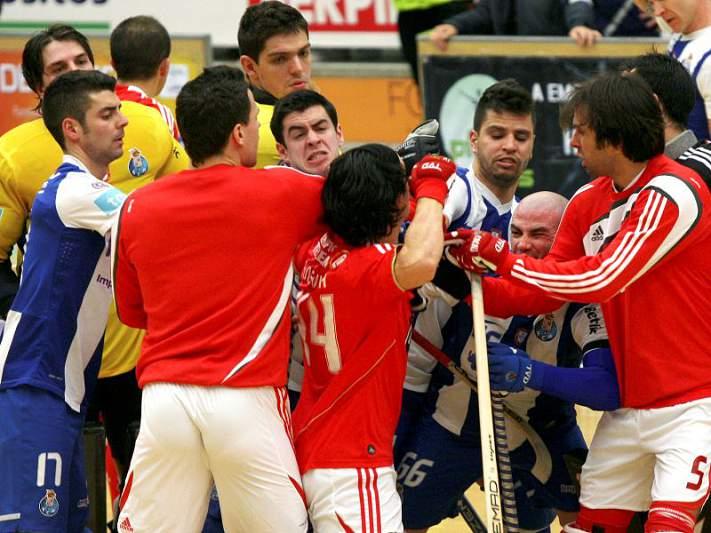 Benfica «repudia» comportamento da PSP