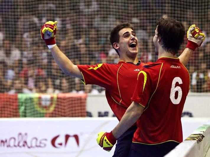 Espanha revalidou título com goleada sobre Portugal