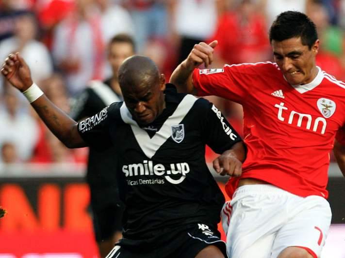 Benfica entra em ação em Guimarães