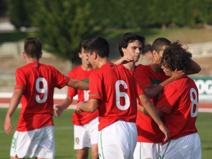 Portugal empata com Brasil na segunda jornada do Torneio Nike