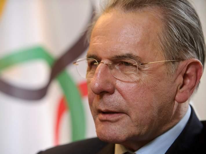 Jacques Rogge presta homenagem a vítimas de Munique'72
