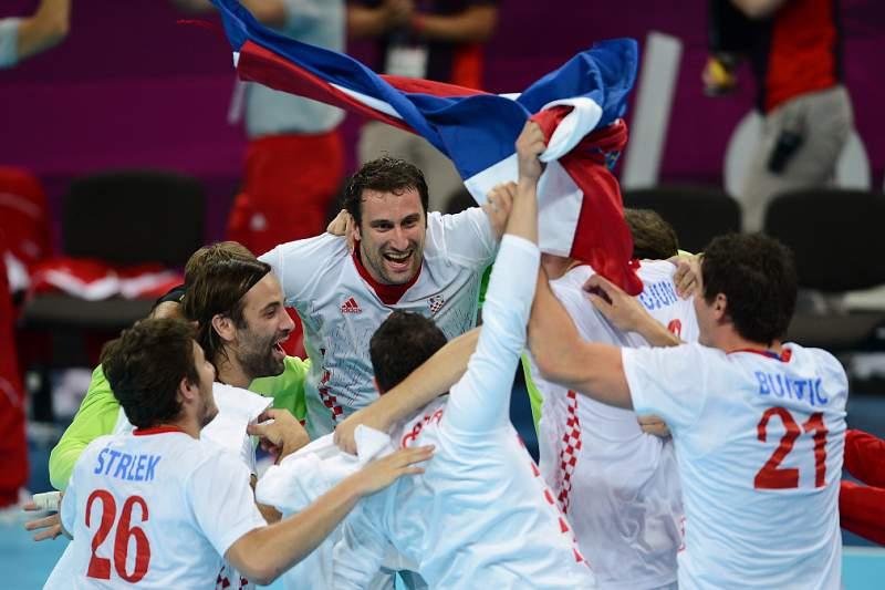 Espanha e Croácia apuram-se para as meias-finais