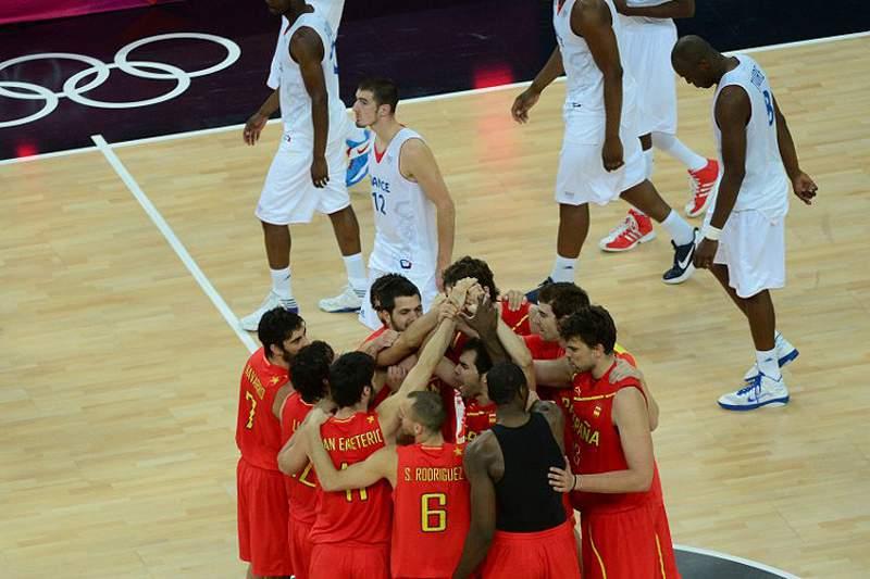 Espanha deixa França pelo caminho