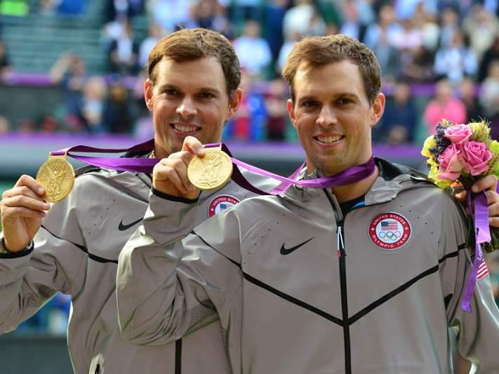 Bob e Mike Bryan conquistam ouro em pares