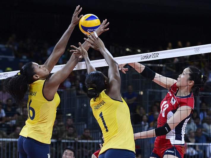 Brasil com defesa do título cada vez mais longe