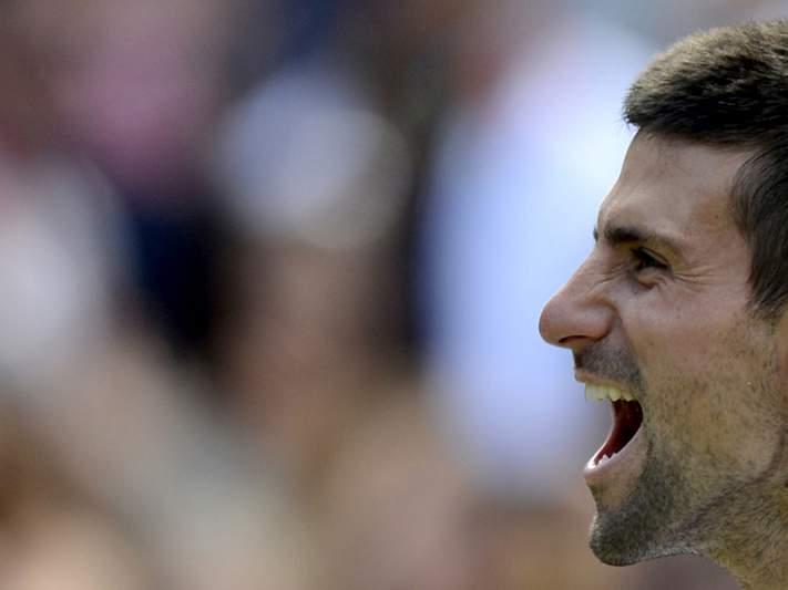 Djokovic mais perto de Federer