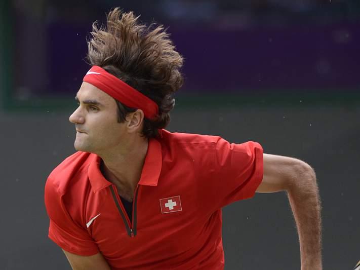 Federer avança para os quartos no Dubai