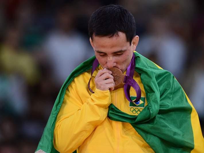 Kitadai partiu medalha de bronze no duche