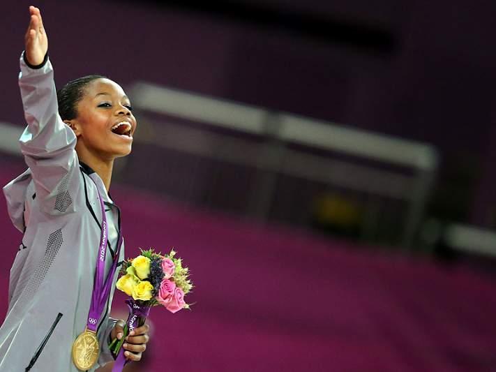 Norte-americana Gabrielle Douglas conquista ouro