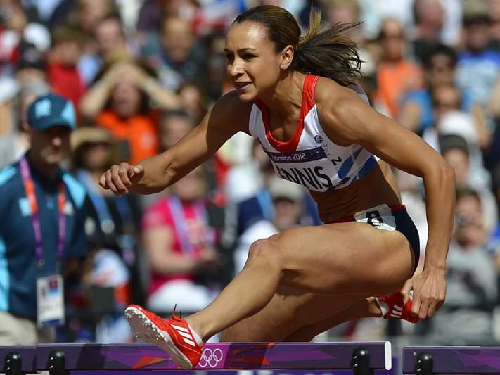 Jessica Ennis faz melhor marca de sempre nos 100 metros barreiras