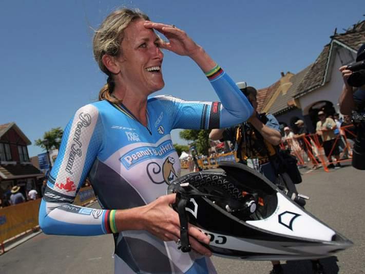 Kristin Armstrong revalida título