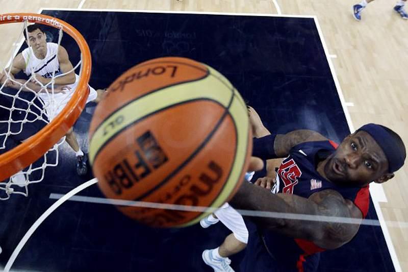 EUA-Espanha decide ouro no basquetebol