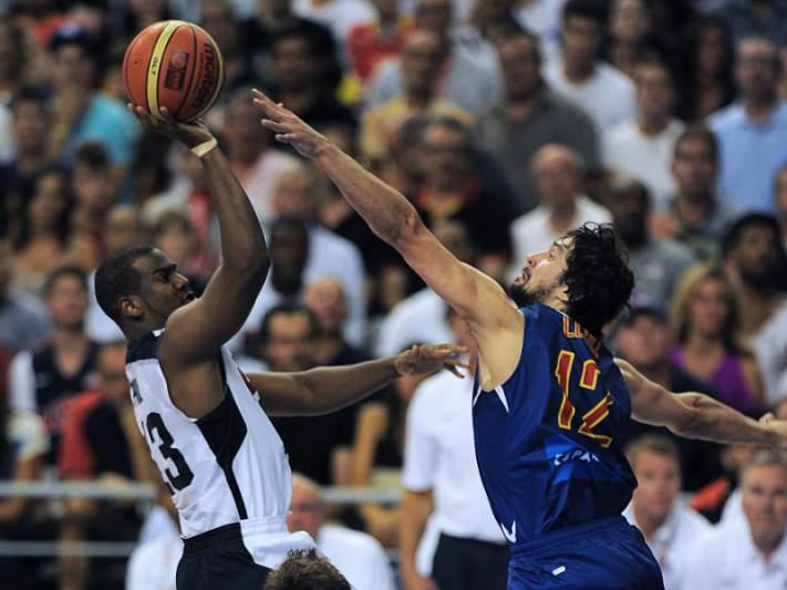 Estados Unidos derrota Espanha no último teste