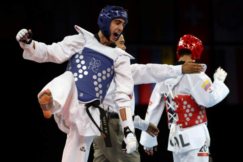 Júlio Pereira campeão Europeu universitário em -74 kg