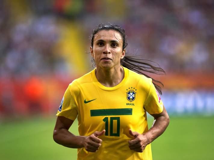 Marta ambiciona segundo triunfo europeu diante do favorito Wolfsburgo