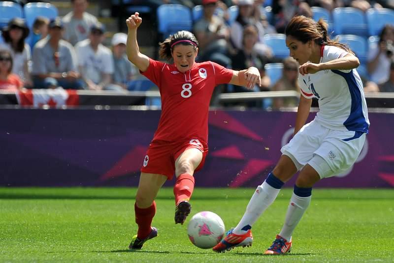 Canadá vence bronze sobre França em lágrimas