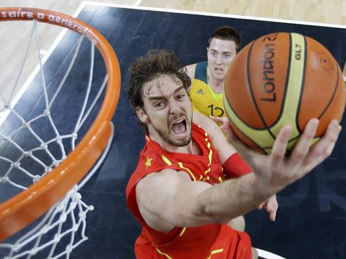 Pau Gasol brilha e Espanha vence