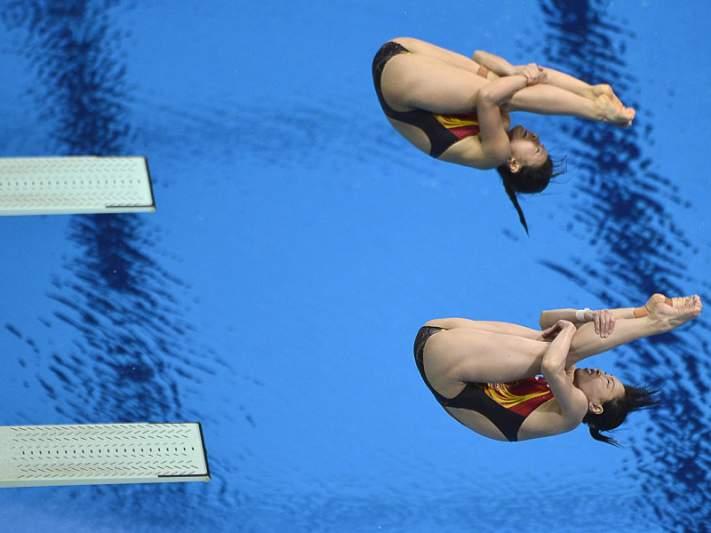 Ouro para dupla chinesa na prancha a três metros